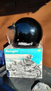 Casques Motoneige - Snowmobile Helmets  $25.00 chaque/each West Island Greater Montréal image 5
