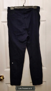 Lululemon Navy Luon Trousers size 6 (could fit 8)