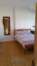 NICE ROOM FOR WORKERS-LOOK!-STREATHAM