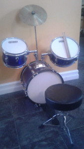 Drum Set  ** SOLD **