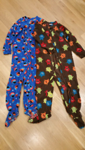 Fleece zippered sleepers - size 4T
