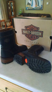 For Sale New womens Harley Davidson boots...
