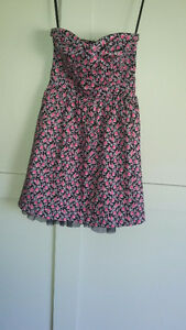Summer Dress with sweetheart neckline size small