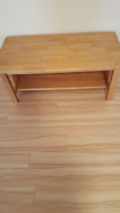 2 tables de salon en vrai bois