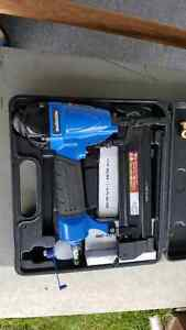 Mastercraft 2 in 1 brad nailer