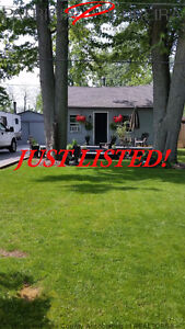 JUST LISTED! SUMMER GET-AWAY, 4 SILVER, LEAMINGTON