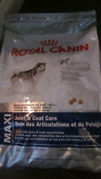 ROYAL CANIN  Joint and Coat Care Dog Food  30LBS