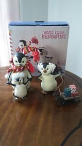 BRAND NEW, PENGUIN XMAS SET