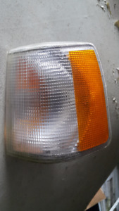 Volvo 940 Driver's Side Turn Signal Light
