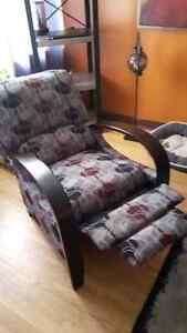 Reclining Accent Chair Kitchener / Waterloo Kitchener Area image 3