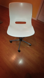 Chaise IKEA Snille