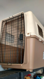 Dog travel kennel (large)