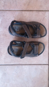 Youth Boys Sandals - SIZE 13