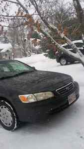 2001 toyota  camry ce plus  asking $2195