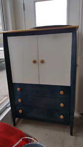 commode bleu marin