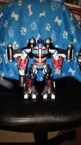Vintage Transformers Optimus Prime Lights up with Laser Power!!!
