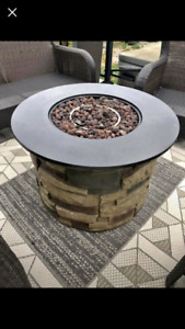 Like New Outdoor Propane Firepit