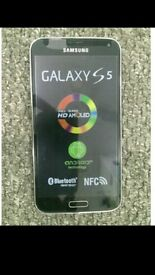 Samsung Galaxy S5 immaculate condition