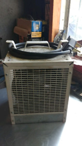 Portable industrial heater
