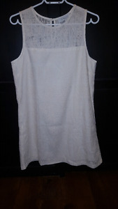 Brand New Ivory Revolve Shift Dress size medium