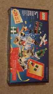 SOLD PENDING PICK UP--------LEGO Christmas Countdown