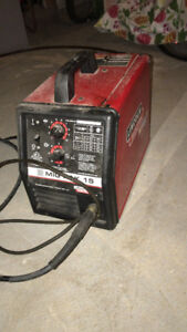 Lincoln Electric MIG Pak 15 MIG Welder $400 OBO (Almost new)