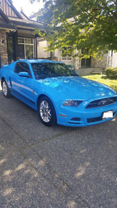 2014 Ford Mustang Grabber Blue Mint Condition