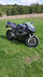 2010 Ducati 848. Super clean. Only 8600kms