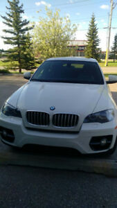 2011 BMW X6   50i xDrive - Excellent Condition  and Ave KM