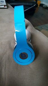 Luxe blue beats by Dr.dre