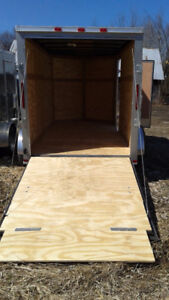 """Trailer Rental Montreal, Closed 12'x 6'x 6'.4"""" 75.00 per Day"""