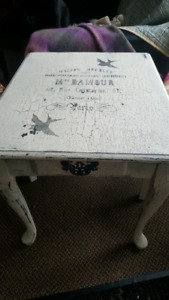 Vintage style side table and two chairs