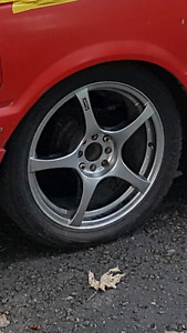 4 mag dete Fast wheel 17po comme neuf 17x7 4bolt universel