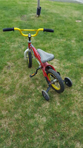 """Barely used """"planes"""" bike for boys"""