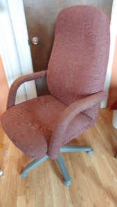 Business Executive high back chair 5 wheels Excellent $50