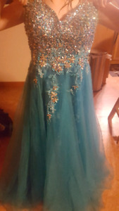 Reduced to sell - Grad Dress