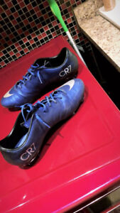 CR7 soccer cleats