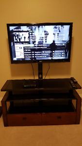 """****40"""" LG LED TV + Glass Stand****"""
