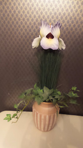 Partylite Garden Glow Iris Flower Candle Holder