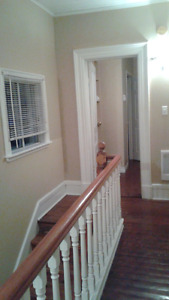 FURNISHED 3 BEDROOM HOUSE AVAILABLE OCTOBER TO MAY
