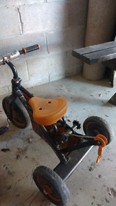 "Kids ""towmater""tricycle"