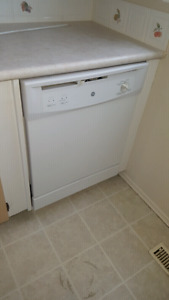 GE White Dishwasher