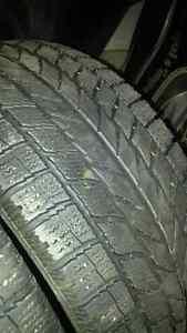 2 Toyo Winter Tires 205 55 16 Pneus D'hiver West Island Greater Montréal image 2