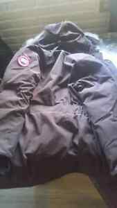 Canada Goose Parka brown Trade for black one London Ontario image 5