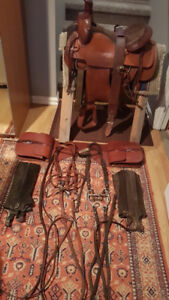 ROYAL KING 16 IN  ROPING SADDLE