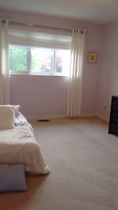 Large room for rent to female in Kanata South (West end)