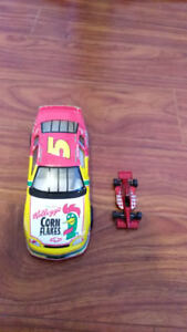 Lot of hot wheels and other toy cars