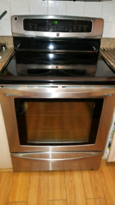 Kenmore Electrical range / stove stainless steel