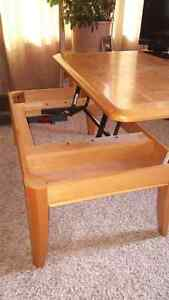 Oak TV Tray/Coffee Table.  Good shape