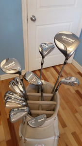 Women's Cleveland Golf Club Set